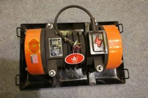 平板式混凝土振动器